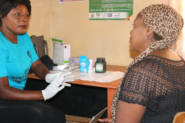 Story: Support and HIV testing for pregnant women in Zambia
