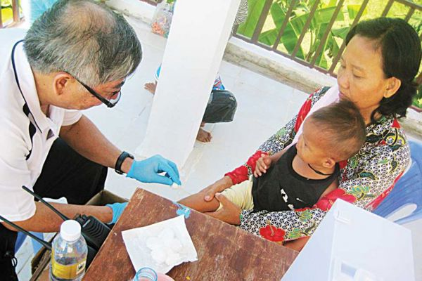 St John Bridage Singapore reaching out to communities in Cambodia